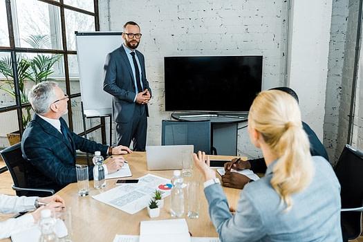 金融系統顧問 communication-skill